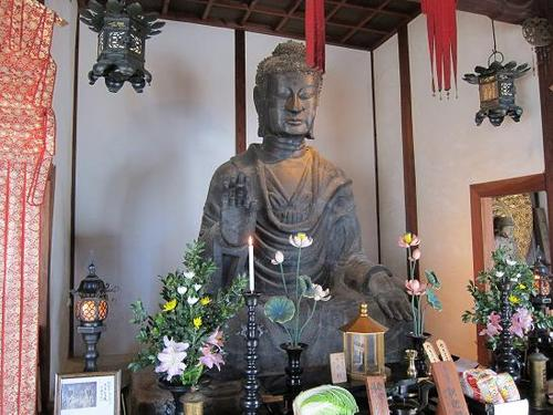 Asuka Village in Nara Prefecture boasts many legacies from ancient Japan, among which 'Asuka-daibutsu' made by sculptor 'Kuratsukuri-no-tori' also known as 'Tori-busshi' is the oldest Buddhist image in Japan.