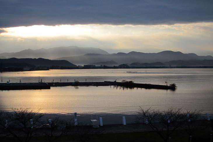 Lake Biwa and Mt.Ibuki are typical of the natural beauty of Shiga Prefecture.