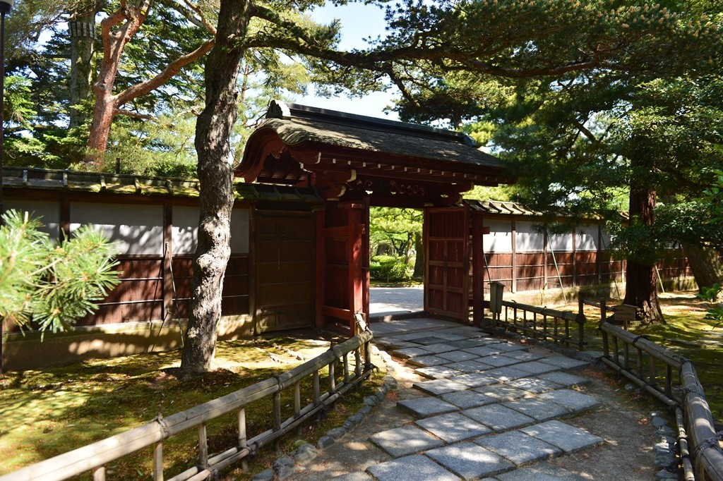 Kanazawa Kenrokuen Seisenkaku Gate