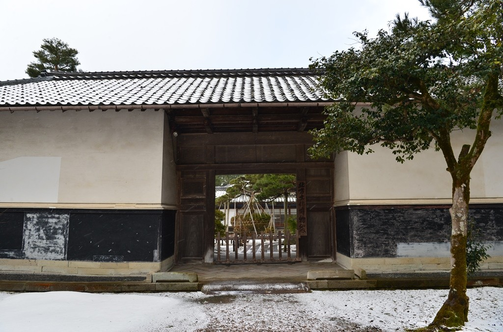 Northern Culture Museum Main Gate, Itoh Family was one of the wealthiest landowners in Japan